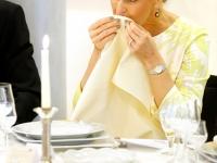 Etiketten und Knigge Optimal zu Tisch Kristin Faber Castell 14